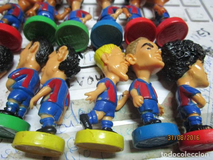 Coleccionismo deportivo: FCB 2001 BARCELONA FUTBOL CLUB COLECCION COMPLETA 12 MUÑECOS - Foto 8 - 161204938