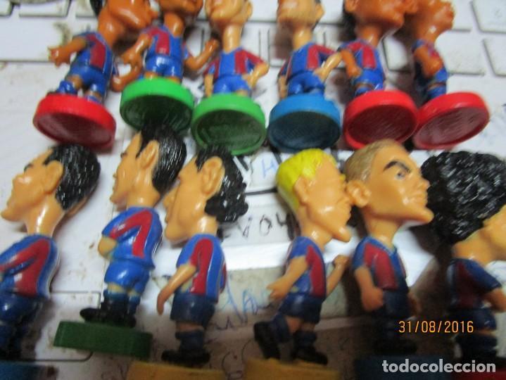 Coleccionismo deportivo: FCB 2001 BARCELONA FUTBOL CLUB COLECCION COMPLETA 12 MUÑECOS - Foto 9 - 161204938