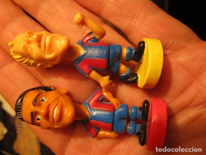 Coleccionismo deportivo: FCB 2001 BARCELONA FUTBOL CLUB COLECCION COMPLETA 12 MUÑECOS - Foto 26 - 161204938