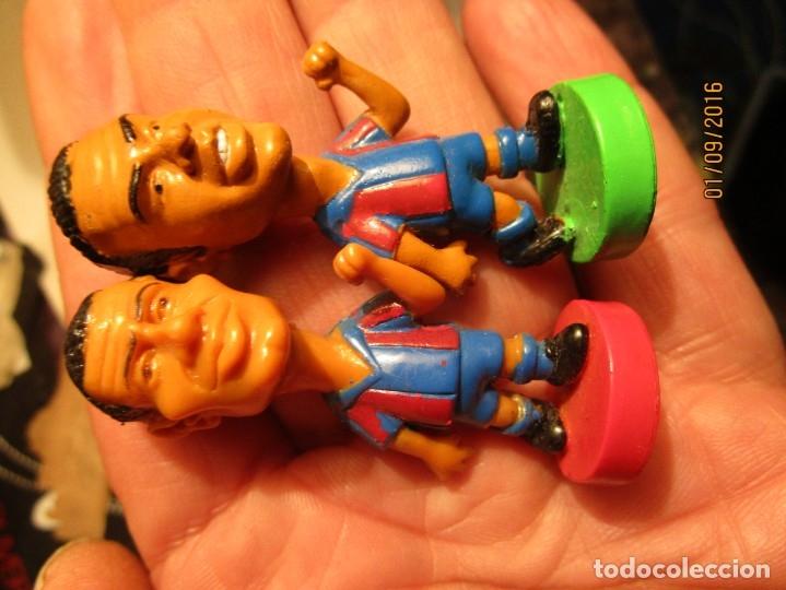 Coleccionismo deportivo: FCB 2001 BARCELONA FUTBOL CLUB COLECCION COMPLETA 12 MUÑECOS - Foto 25 - 161204938