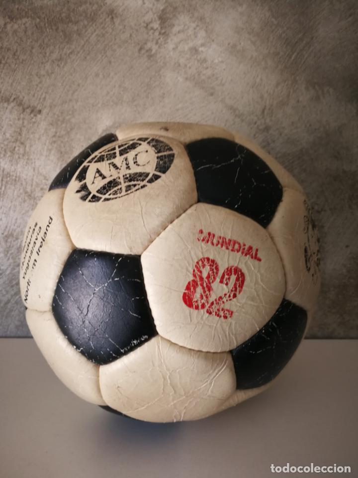 ANTIGUO BALÓN DE FÚTBOL MUNDIAL 82 (Coleccionismo Deportivo - Material Deportivo - Fútbol)