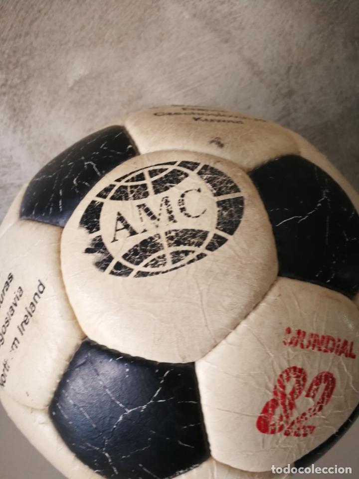 Coleccionismo deportivo: ANTIGUO BALÓN DE FÚTBOL MUNDIAL 82 - Foto 2 - 161347190