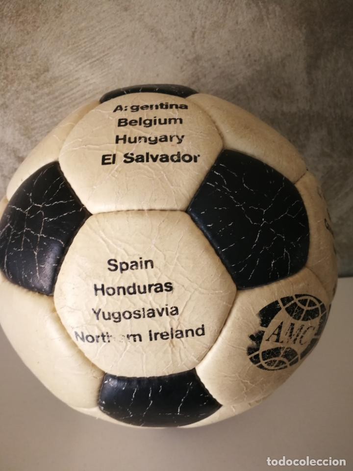 Coleccionismo deportivo: ANTIGUO BALÓN DE FÚTBOL MUNDIAL 82 - Foto 3 - 161347190