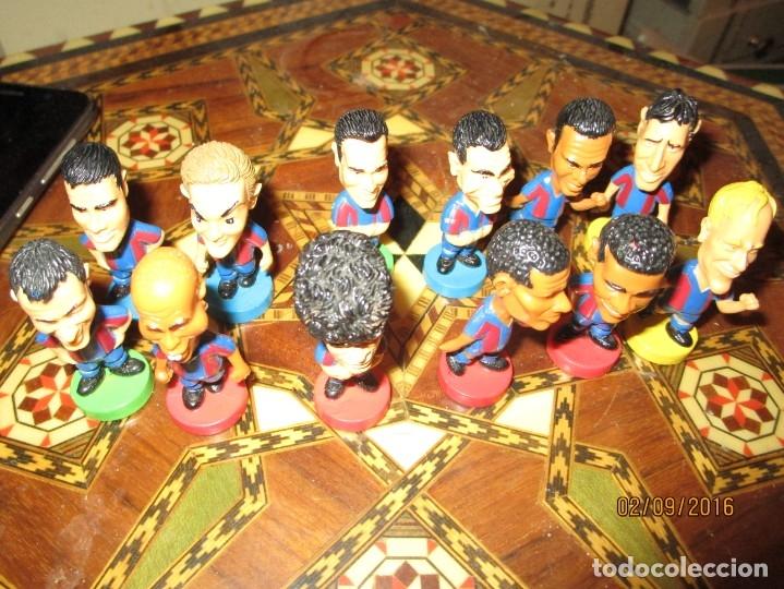 Coleccionismo deportivo: FCB 2001 BARCELONA FUTBOL CLUB COLECCION COMPLETA 12 MUÑECOS - Foto 31 - 161204938