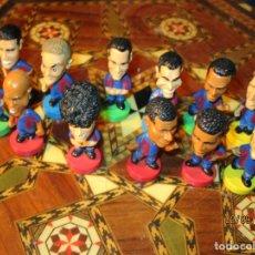 Coleccionismo deportivo: FCB 2001 BARCELONA FUTBOL CLUB COLECCION COMPLETA 12 MUÑECOS. Lote 161204938