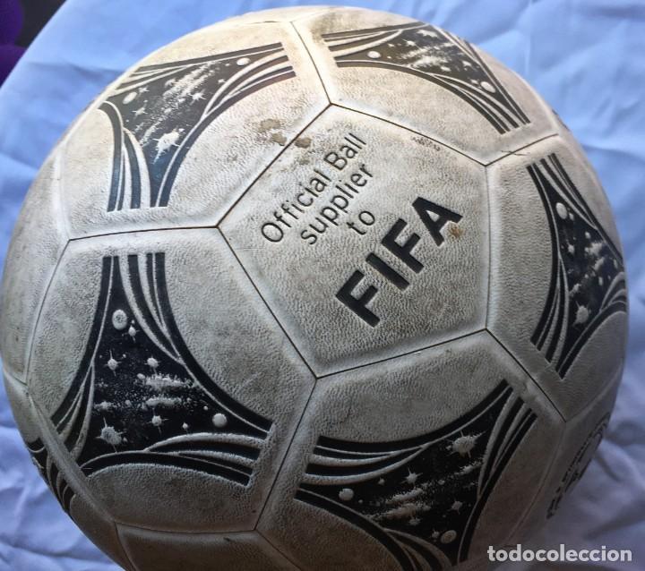 Coleccionismo deportivo: Balón Adidas Questra Gemini Fifa - Foto 2 - 169005016