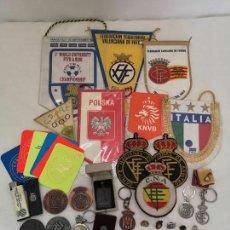 Coleccionismo deportivo: LOTE OBJETOS FÚTBOL PROCEDENTES DE UN ÁRBITRO DE PRIMERA DIVISIÓN. JOSÉ GARCIA LLORCA.. Lote 170002644