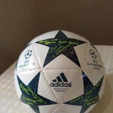 Coleccionismo deportivo: BALON ADIDAS MATCH BALL REPLICA CAPITANO. TALLA 5. MUY POCO USO COMO NUEVO.. Lote 170345072