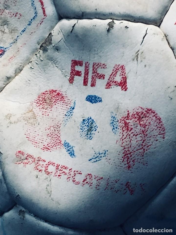 Coleccionismo deportivo: balon futbol oficial world cup fifa world cup años 80 españa firmado firmas ver fotos - Foto 29 - 170970270