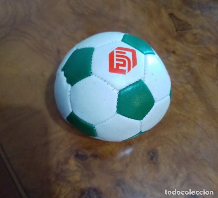 Coleccionismo deportivo: Pelota Fuji - Foto 2 - 173173205