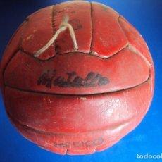 Coleccionismo deportivo: (F-190910)BALON MATOLLO 18 PANELES - MEDICO (MEDICINAL) - PESO APROX.2,9 KG. - AÑOS 60S. Lote 175836915