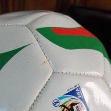 Coleccionismo deportivo: BALON CASTROL SUDAFRICA 2010 A ESTRENAR. Lote 175893954