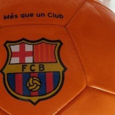 Coleccionismo deportivo: BALON DE FUTBOL NIKE NARANJA ESCUDO F C BARCELONA LETRAS BARÇA NUEVO. Lote 176282014