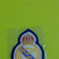Coleccionismo deportivo: PARCHE ESCUDO REAL MADRID. TEXTIL. C8CR. . Lote 176594988