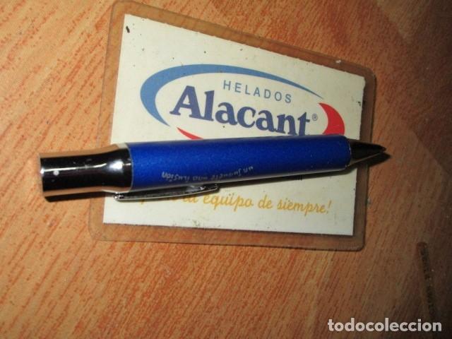 Coleccionismo deportivo: RARA ENTRADA CARNET SOCIO HERCULES ALICANTE ABONO HELADOS ALACANT 2004 - Foto 2 - 162335882