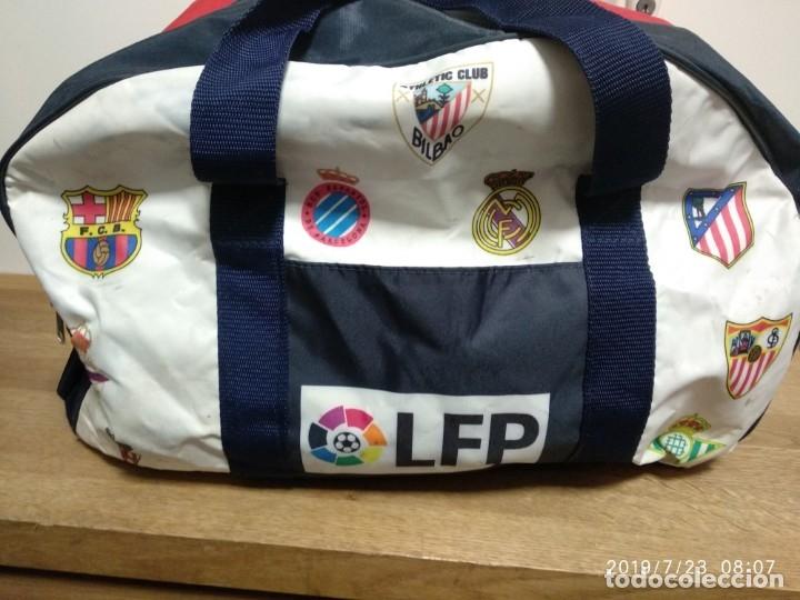 BOLSA DE LIGA 1996 - 97, MUY BUENAS CONDICIONES, CON LOS ESCUDOS DE LOS EQUIPOS (Coleccionismo Deportivo - Material Deportivo - Fútbol)