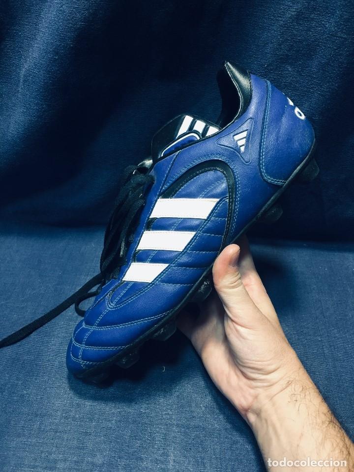 Coleccionismo deportivo: botas de fútbol marca adidas coloR azul tacos cesped nº 41 42 - Foto 5 - 178921570