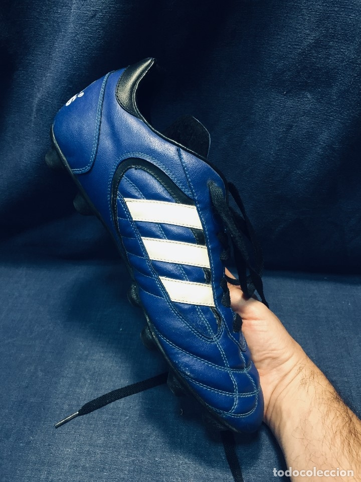 Coleccionismo deportivo: botas de fútbol marca adidas coloR azul tacos cesped nº 41 42 - Foto 6 - 178921570