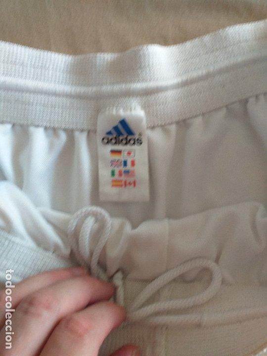 Coleccionismo deportivo: REAL MADRID: Pantalon corto de juego - Foto 2 - 178979408