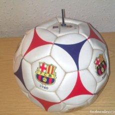 Coleccionismo deportivo: BALON ESPECIAL CENTENARIO DEL FC BARCELONA (1899 - 1999) CON LOS DISTINTOS ESCUDOS MUY BUEN ESTADO. Lote 178982686