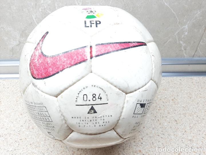 BALON NIKE OFICIAL DE LA LIFA DE FUTBOL PROFESIONAL TEMPORADA 97-98. (Coleccionismo Deportivo - Material Deportivo - Fútbol)