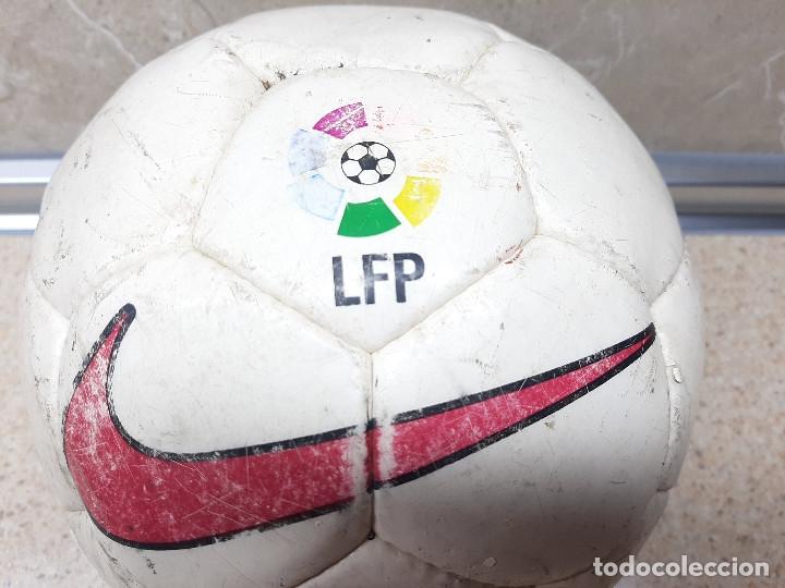 Coleccionismo deportivo: BALON NIKE OFICIAL DE LA LIFA DE FUTBOL PROFESIONAL TEMPORADA 97-98. - Foto 3 - 182611335