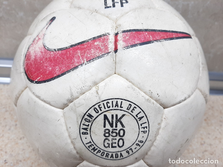 Coleccionismo deportivo: BALON NIKE OFICIAL DE LA LIFA DE FUTBOL PROFESIONAL TEMPORADA 97-98. - Foto 5 - 182611335