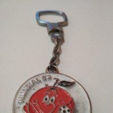 Coleccionismo deportivo: LLAVERO MUNDIAL 1982. Lote 182866003