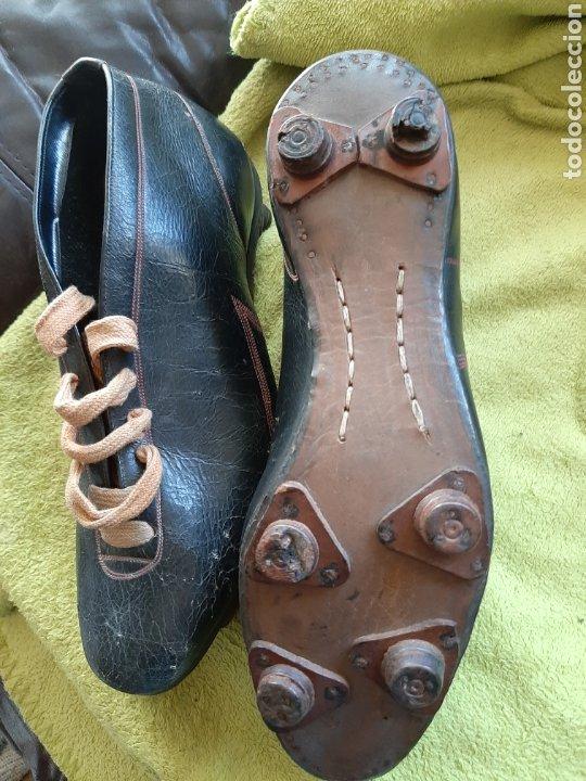 Coleccionismo deportivo: Antiguas botas de fútbol - Foto 3 - 183472112