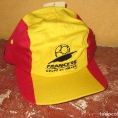 Coleccionismo deportivo: GORRA OFICIAL COPA DEL MUNDO FRANCIA 98. ADIDAS. A ESTRENAR.. Lote 184268647