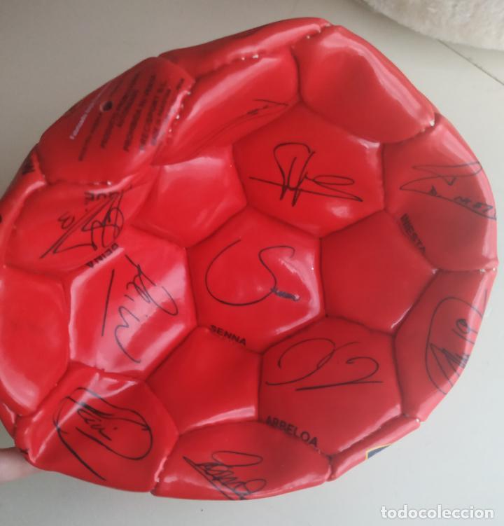 Coleccionismo deportivo: Balón de fútbol Selección Española Mundial 2010. Cruzcampo - Foto 2 - 224665178