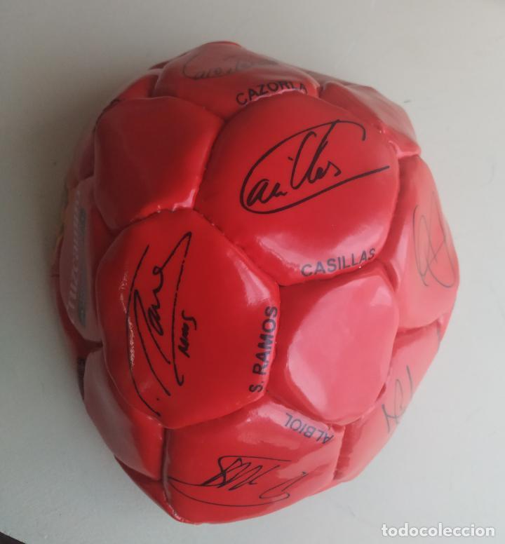 Coleccionismo deportivo: Balón de fútbol Selección Española Mundial 2010. Cruzcampo - Foto 3 - 224665178