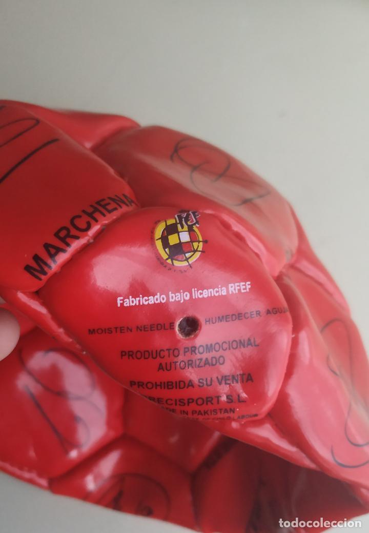 Coleccionismo deportivo: Balón de fútbol Selección Española Mundial 2010. Cruzcampo - Foto 5 - 224665178