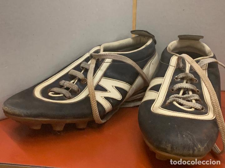 Coleccionismo deportivo: Antiguas botas de futbol, marca Flex Matollo, num. 39. ideal coleccionismo - Foto 6 - 184578011
