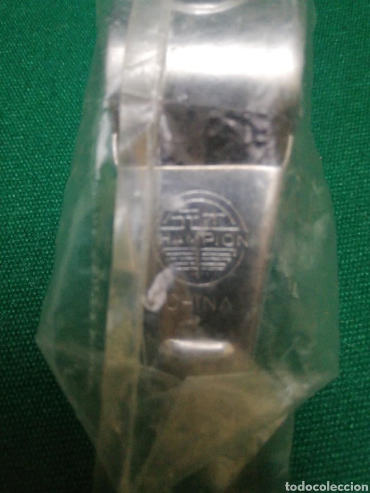 Coleccionismo deportivo: Pito o silbato - HAMPION - en su plástico SIN EXTRENAR - Foto 3 - 194874928