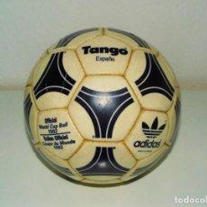 Coleccionismo deportivo: BALON ADIDAS TANGO ESPAÑA MADE IN FRANCE MUNDIAL WORLD CUP 1982. Lote 195062345
