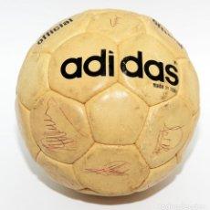 Coleccionismo deportivo: BALON FIRMADO ATHLETIC CLUB - 1977. BALON ADIDAS INTER OFICIAL . 19 FIRMAS PLANTILLA. Lote 195496252