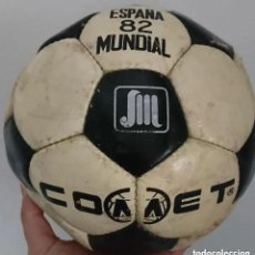 Coleccionismo deportivo: RAREZA ! ANTIGUO BALON FUTBOL ORIGINAL DE EPOCA ESPAÑA MUNDIAL 82 MARCA COMET NO TANGO ETRUSCO. Lote 195546205
