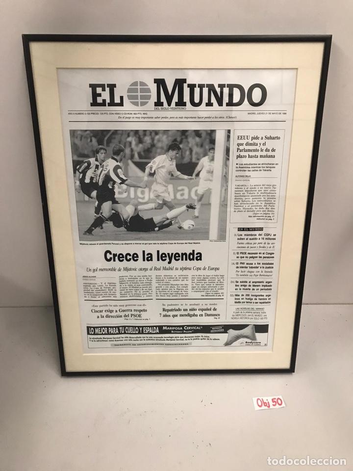 EL MUNDO CRECE LA LEYENDA ENMARCADA (Coleccionismo Deportivo - Material Deportivo - Fútbol)