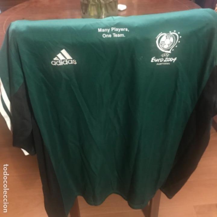 Coleccionismo deportivo: Camiseta Fútbol Coca-Cola Euro 2004. Adidas. Many Players One Team - Foto 2 - 197674548
