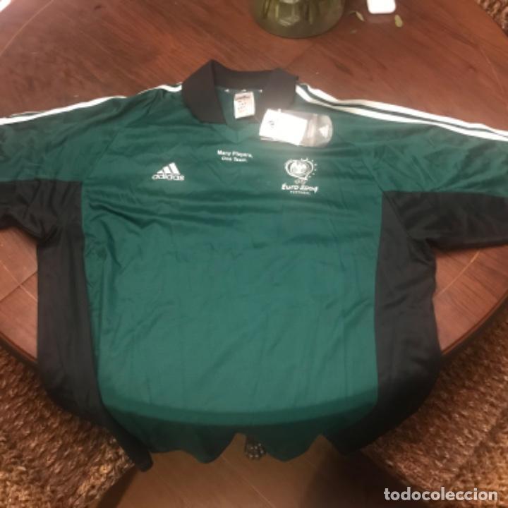 Coleccionismo deportivo: Camiseta Fútbol Coca-Cola Euro 2004. Adidas. Many Players One Team - Foto 5 - 197674548