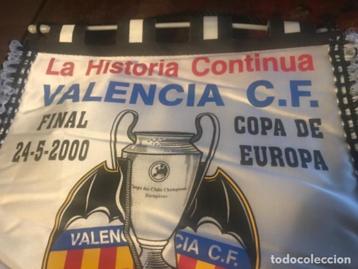 Coleccionismo deportivo: Banderín Final Copa de Europa Valencia CF Real Madrid. París. Champions League - Foto 2 - 197676517