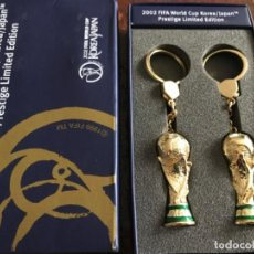 Coleccionismo deportivo: 2002 FIFA WORLD CUP KOREA/JAPAN PRESTIGE LIMITED EDITION. OFFICIAL TROPHY KEY HOLDERS.. Lote 197901091