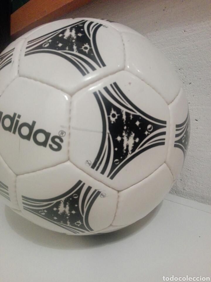 Coleccionismo deportivo: BALON DE FUTBOL FOOTBALL ADIDAS QUESTRA - Foto 3 - 198776566
