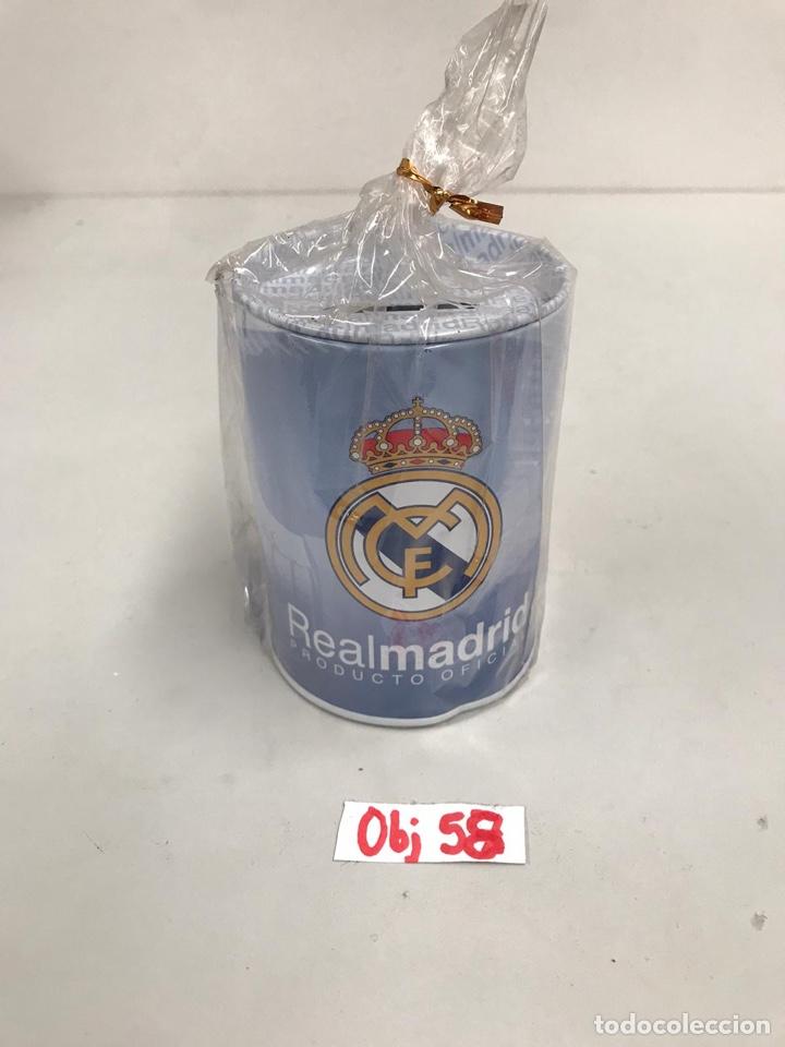 HUCHA REAL MADRID (Coleccionismo Deportivo - Material Deportivo - Fútbol)