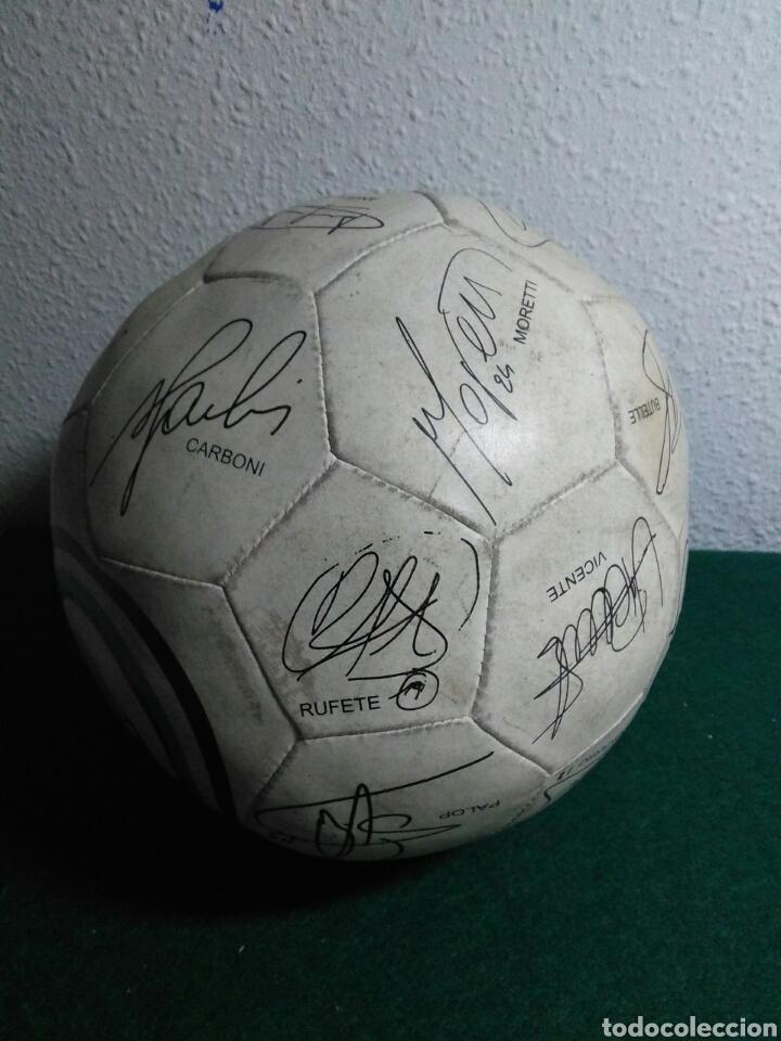 Coleccionismo deportivo: Balón de futbol futbol club valencia con las firmas de jugadores - Foto 5 - 199821930