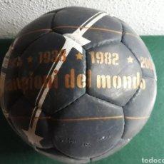 Coleccionismo deportivo: BALÓN DE FÚTBOL ITALIA CAMPEONA DEL MUNDO MARCA PUMA. Lote 199886367