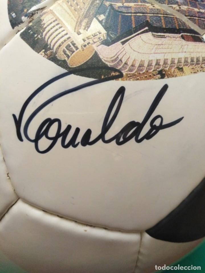 Coleccionismo deportivo: Balón firmado Real Madrid - Foto 6 - 200080262