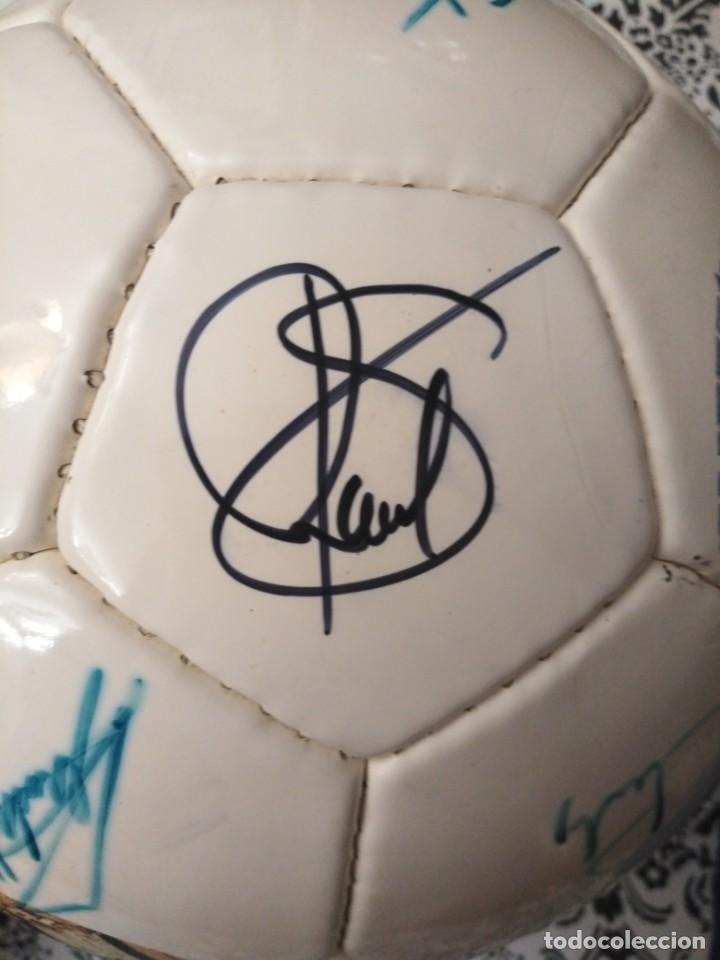 Coleccionismo deportivo: Balón firmado Real Madrid - Foto 10 - 200080262