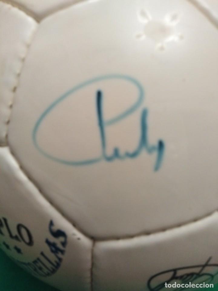 Coleccionismo deportivo: Balón firmado Real Madrid - Foto 15 - 200080262
